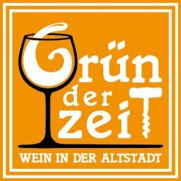 Wein- und Buchverkauf im Grün der Zeit