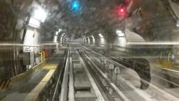 Mit der führerlosen U-Bahn zur Messe